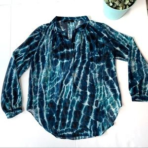 Olivaceous Turquoise and Navy Blouse Size Small